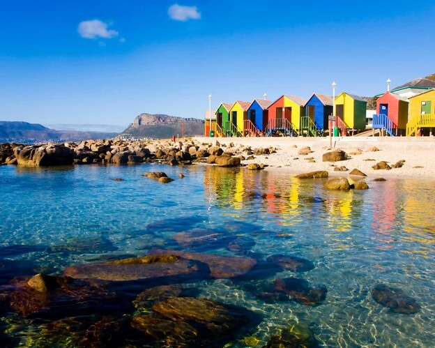 Planning a visit to Cape Town? This guide sets out 20 unmissable things to do in Cape Town.