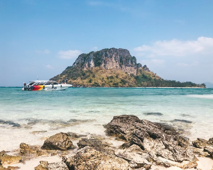 Taking a Krabi 4 island day tour is a highlight on any 5 days in Krabi itinerary.