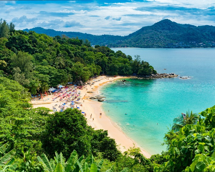 Phuket is probably one of the revered islands in Southern Thailand. Discover the best Islands near Krabi, Thailand here! #krabiislandhopping #thailand #phuket